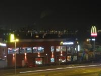 McDonalds bei Nacht