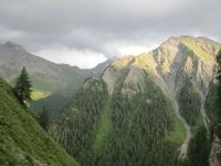 Alpenüberblick in der Schweiz bei Sonnenuntergang