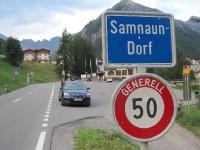 Ortseinfahrt nach Samnaun Dorf
