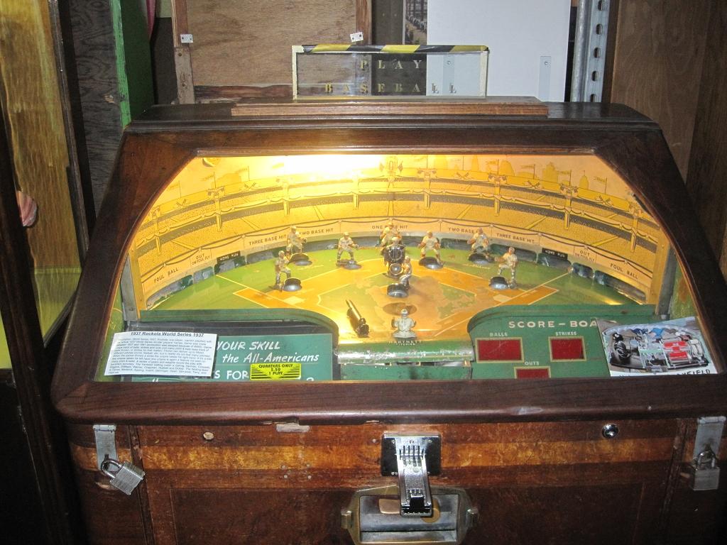 Alte Baseball Arcade Maschine