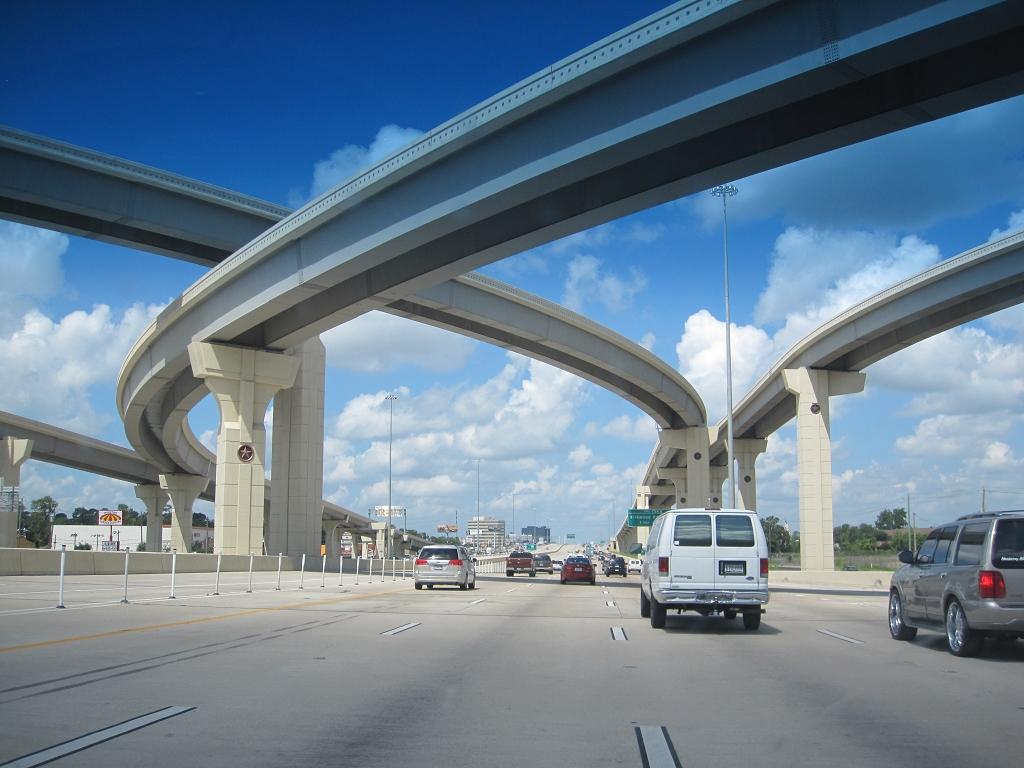 Autobahnkreuzung in den USA
