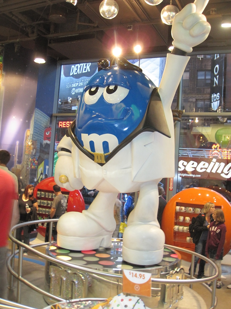 M&M Laden in New York City am Time Square