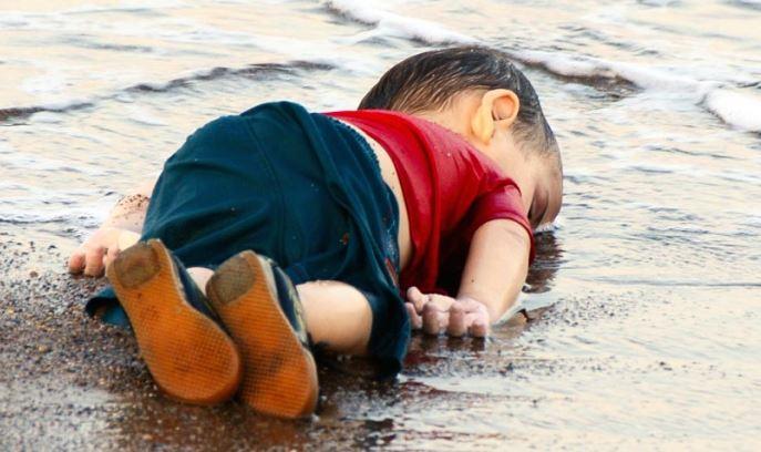 syrisches Kind welches auf der Flucht gestorben ist